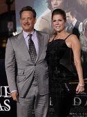 LOS ANGELES - OCT 24:  Tom Hanks & Rita Wilson arriving to