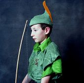 pic of fletching  - Young Robin Hood with an English long bow - JPG