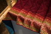 Thailand's  Traditional Silk Colth