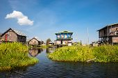 Постер, плакат: Fishermens village of Inle Lake