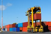 Container-Reederei, Hafen