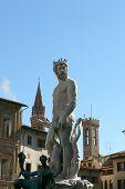 Fontana Di Neptune At Florence Italy