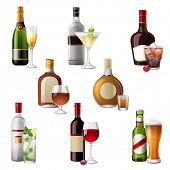 8 highly detailed icons of alcohol drinks and cocktails