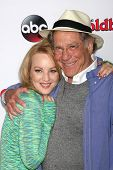vLOS ANGELES - SEP 3:  Wendi McLendon-Covey, George Segal at the