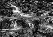 waterval zwart-wit