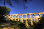 foto of aqueduct  - El Pont del Diable - JPG