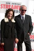 LOS ANGELES - FEB 17:  Sarah Clarke, Xander Berkeley arrive at the 2013 Streamy Awards at the Hollyw