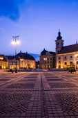 picture of sibiu  - Image showing the Great Square in Sibiu - JPG