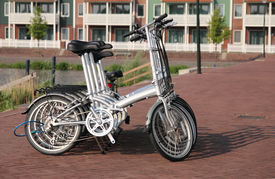 picture of flatboat  - several bicycles to rent  - JPG