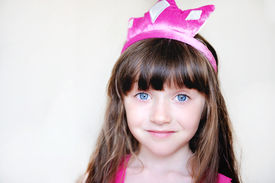 pic of toddlers tiaras  - Portrait of beautiful little girl in pink tiara - JPG
