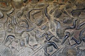 picture of mahabharata  - Warriors from Mahabharata on the wall of Angkor wat cambodia - JPG