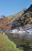 Dovedale2