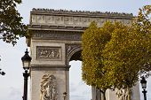 foto of charles de gaulle  - A view of the Arc de Triomphe from the Champs E - JPG