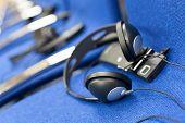 Wireless Multi Language Headphones Set