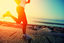 pic of japanese woman  - Runner athlete running at seaside - JPG