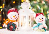 pic of knitted cap  - Knitted snowmen and Christmas lantern - JPG