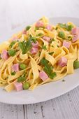 pasta with pea and ham