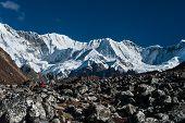 foto of cho-cho  - Mountain range in the vicinity of Cho oyu peak - JPG