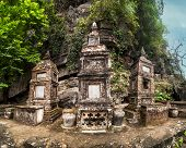 image of dong  - Ancient buddhist pagoda cave complex Bich Dong - JPG