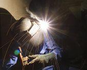 welder in work