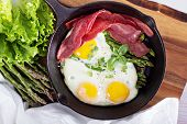 picture of bacon  - Baked eggs with asparagus and turkey bacon - JPG