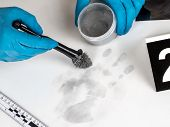 pic of criminology  - Disclosure of forensic evidence using fingerprint powders - JPG