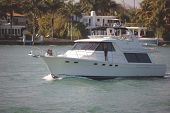 Mini-Yacht
