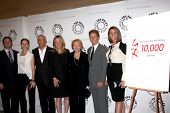 LOS ANGELES - AUG 23:  Scott Martin, Lauralee Bell, Bill and Maria Bell, Lee Bell, Brad and Colleen