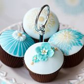 Wedding cupcakes on a cake stand