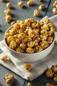 Homemade Golden Caramel Popcorn