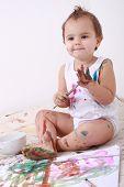 kleines Kind mit Aquarelle