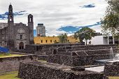 Постер, плакат: Plaza Of Three Cultures Aztec Archaeological Site Mexico City Mexico