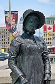 Bronze of Laura Secord