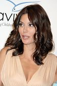 Teri Hatcher  at the Aviva Family and Children's Services Gala,  Beverly Wilshire Four Seasons Hotel