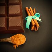 image of chocolate spoon  - Bar of chocolate - JPG