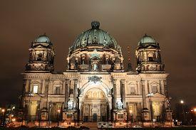 foto of dom  - night view of Berliner Dom - JPG