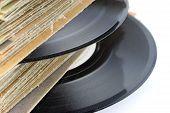 Close-Up do velho vinil Foccusing de registros no registro
