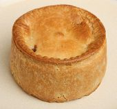 Individual steak pie