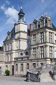 Постер, плакат: Средневековый Королевский замок Fontainbleau близ Парижа во Франции