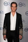 LOS ANGELES - JUL-24: Phillip P. Keene kommt auf TNT 25th Anniversary Party bei den Beverly Hilto