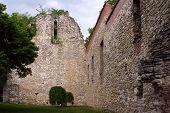 13E eeuw ruïne op Margaret eiland, Budapest, Hongarije.