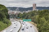 84 De la autopista interestatal I-5 en Portland, Oregon
