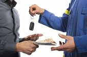keys of the car to the customer