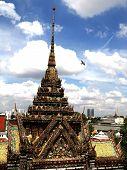 Around Central Prang Of Wat Arunratchawararam