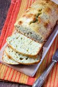 Lemon And Poppy Seed Pound Cake
