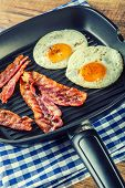 foto of egg  - Ham and Egg - JPG