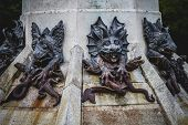 pic of gargoyles  - guardian - JPG