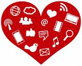 Rotes Herz mit social Media Icons ii