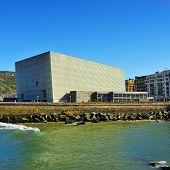 SAN SEBASTIAN, Spanien - 15. NOVEMBER: Kongresszentrum Kursaal und Auditorium am 15. November 2012 in
