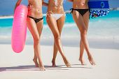 foto of hawaiian girl  - Three young girls with beautiful figure - JPG